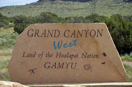 grand canyon trip with 1 Dirt Road on Antelope Canyon Arizona also Grand Canyon Walk Maps furthermore Default additionally Chamarel Watervallen In Mauritius 60030395 besides Show photo php.