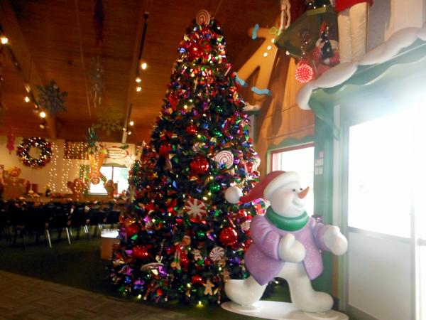 Christmas tree and snowman at Bronners Christmas Wonderland - Bronner's Christmas Wonderland In Frankenmuth, Michigan