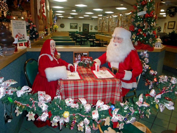 Bronners Christmas Wonderland.Bronner S Christmas Wonderland In Frankenmuth Michigan