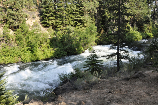 The Two Rv Gypsies Hiked To Benham Falls In Sunriver Oregon