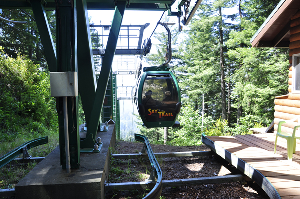 sky tram at trees of mystery in california