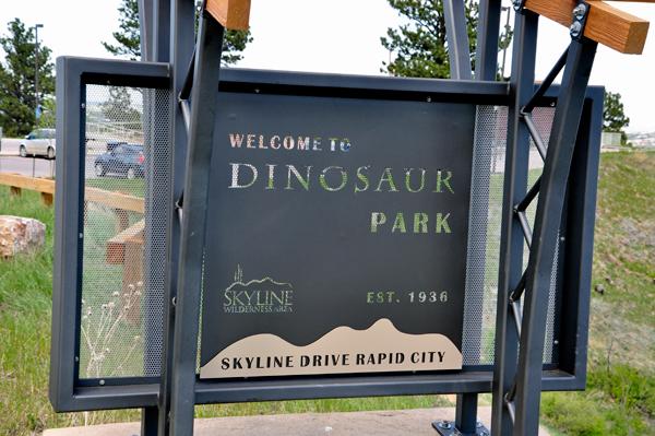 Two Rv Gypsies Play In Dinosaur Park Rapid City Sd