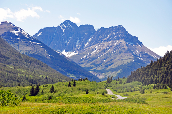 Red Rock Parkway In Waterton Lakes Np